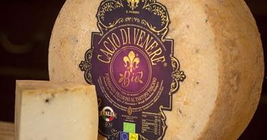 Caseificio Il Fiorino medaglia d'oro ai mondiali di formaggio in Francia